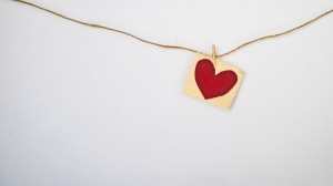heart-on-string-unsplash