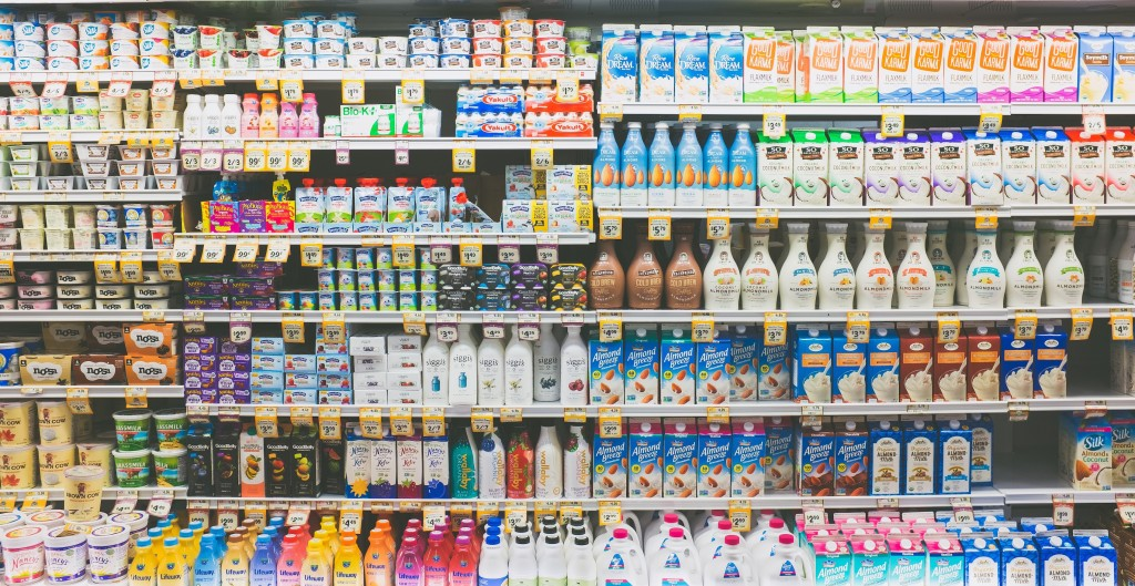 non-dairy-grocery-section